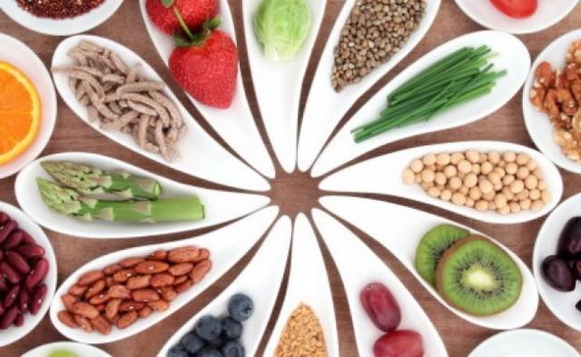 food-choosing-650x400
